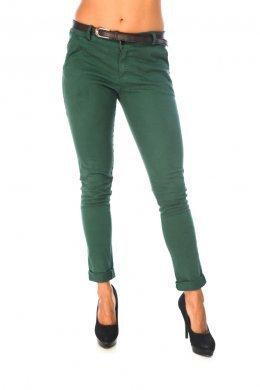 Πράσινο υφασματινο παντελονι, με καφε ζωνακι στη μεση και τσεπακια