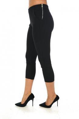 Μαύρο κάπρι υφασμάτινο παντελόνι, με τσεπάκια και φερμουάρ