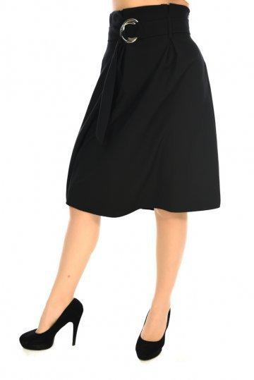Μαύρη φαρδιά φούστα σε άλφα γραμμή με ζωνάκι στη μέση και πένσες ... a0f7d17eab9