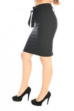 Μαύρη ψηλόμεση φούστα γραφείου με ζώνη στη μέση και σκίσιμο