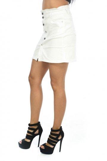 Λευκή φούστα τύπου τζιν κοντή με κουμπάκια μπροστά και τσεπάκια ... e95c595914b