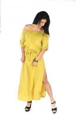 Μουσταρδί φόρεμα μακρύ με έξω τους ώμους, ζωνάκι και σκισίματα