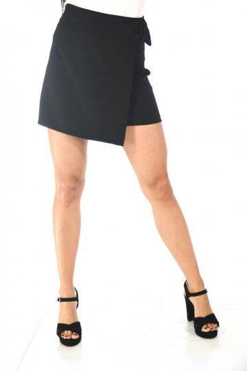 Μαύρη mini φούστα με τύπου κρουαζέ σχέδιο μπροστά