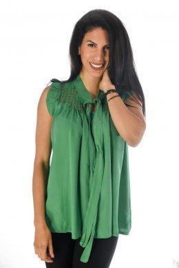Αμάνικη μπλούζα τύπου πουκάμισο με δέσιμο και τρυπητές λεπτομέρειες