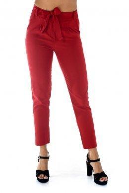 Κόκκινο κρεπ παντελονι, μακρύ με τσεπάκια και ζωνάκι στη μέση