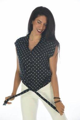 Αμάνικο πουά πουκάμισο με δέσιμο μπροστά στο τελείωμα