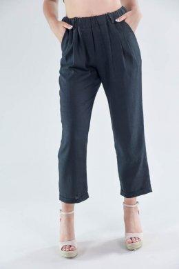 Μαύρο κάπρι παντελόνι τύπου λινό, με λάστιχο στη μέση